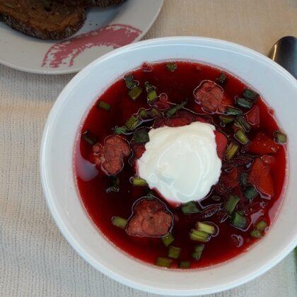 Sarkano bietīšu zupa